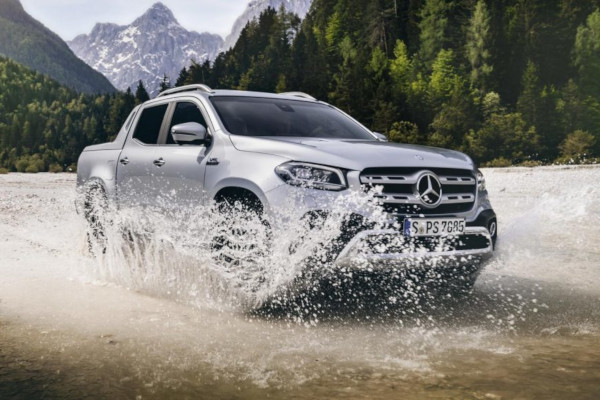 Pick up Mercedes X-Class locul 2 top viteză