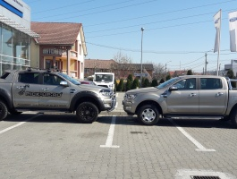Ford Ranger vs Ford Ranger equipped by PICK-UP.RO