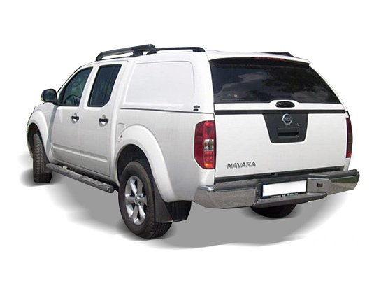 Pick up Nissan Navara cu hardtop